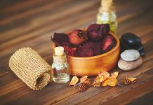 graphicstock-group-of-objects-for-aromatic-oil-massage_HLb2cs_9mb-218x150 صفحه اصلی